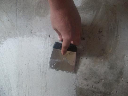 Как правильно наносить на стену грунтовку