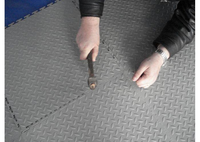 Ремонтируем напольное покрытие на складе