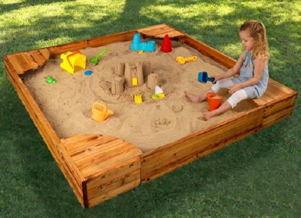Мастерим и отделываем детскую песочницу