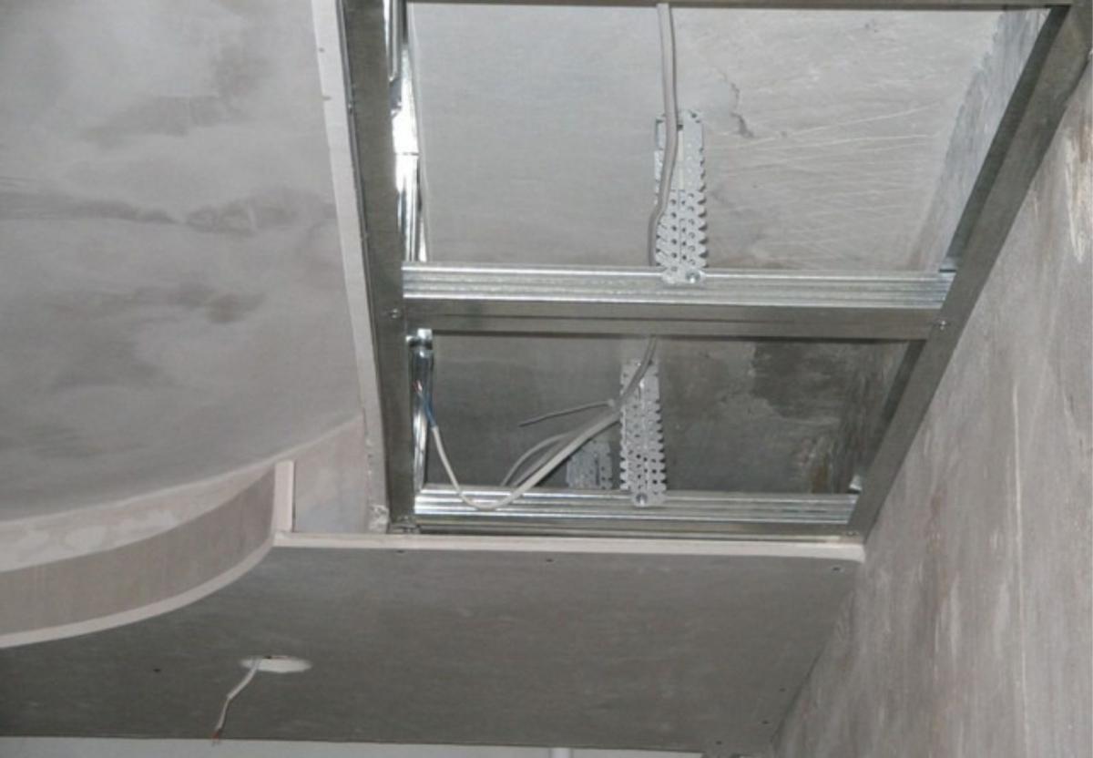 Как сделать двухуровневые потолки из гипсокартона и натяжного 965
