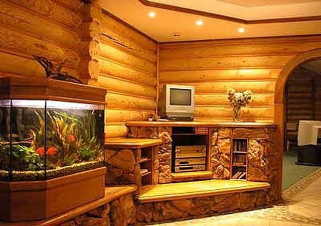 Внутренняя отделка стен дома блок-хаусом
