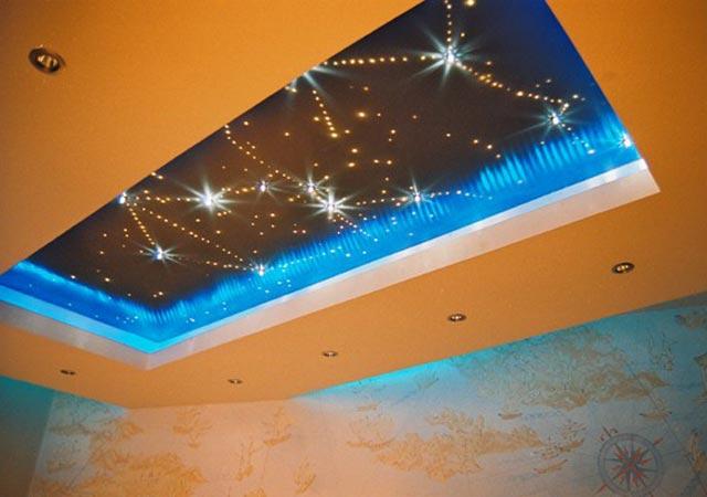 Монтаж освещения в подвесном потолоке