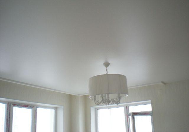 Для тех, кто любит идеально белый потолок
