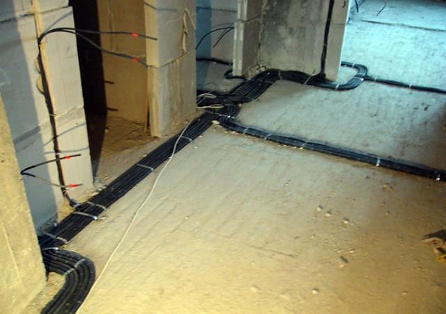 Как заменить проводку в доме?