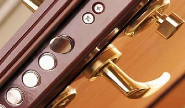 Устраняем небольшие неполадки с дверьми
