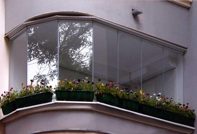 холодное остекление балконов цены
